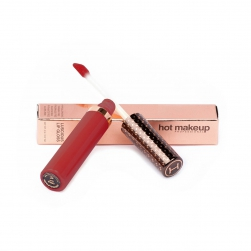 blyszczyk-hot-makeup-luscious-lip-gloss-date-night-