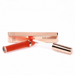 Matowa szminka Hot Makeup USA Kiss Me More Lip Cream-Front And Center