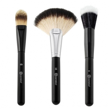 Zestaw pędzli  - BH Cosmetics -  Blending Face Trio  - Brush Set
