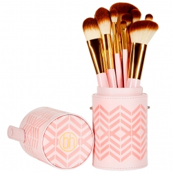 Zestaw pędzli - BH Cosmetics - Pink Perfection 10 Piece Brush Set