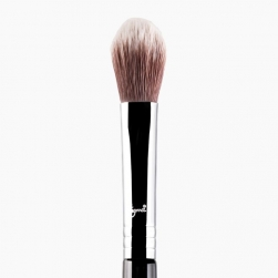 Pędzel do rozświetlacza - Sigma Beauty - F35 -Tapered Highlighter Brush - chrome